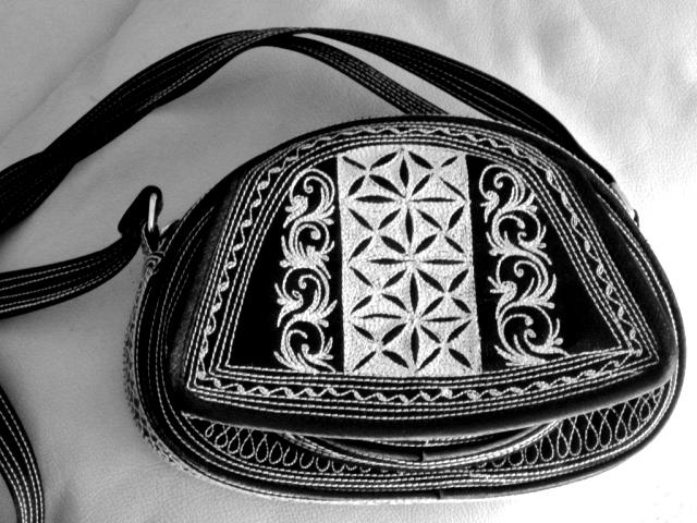 Laga Ria Handmade Embroidered Handbag